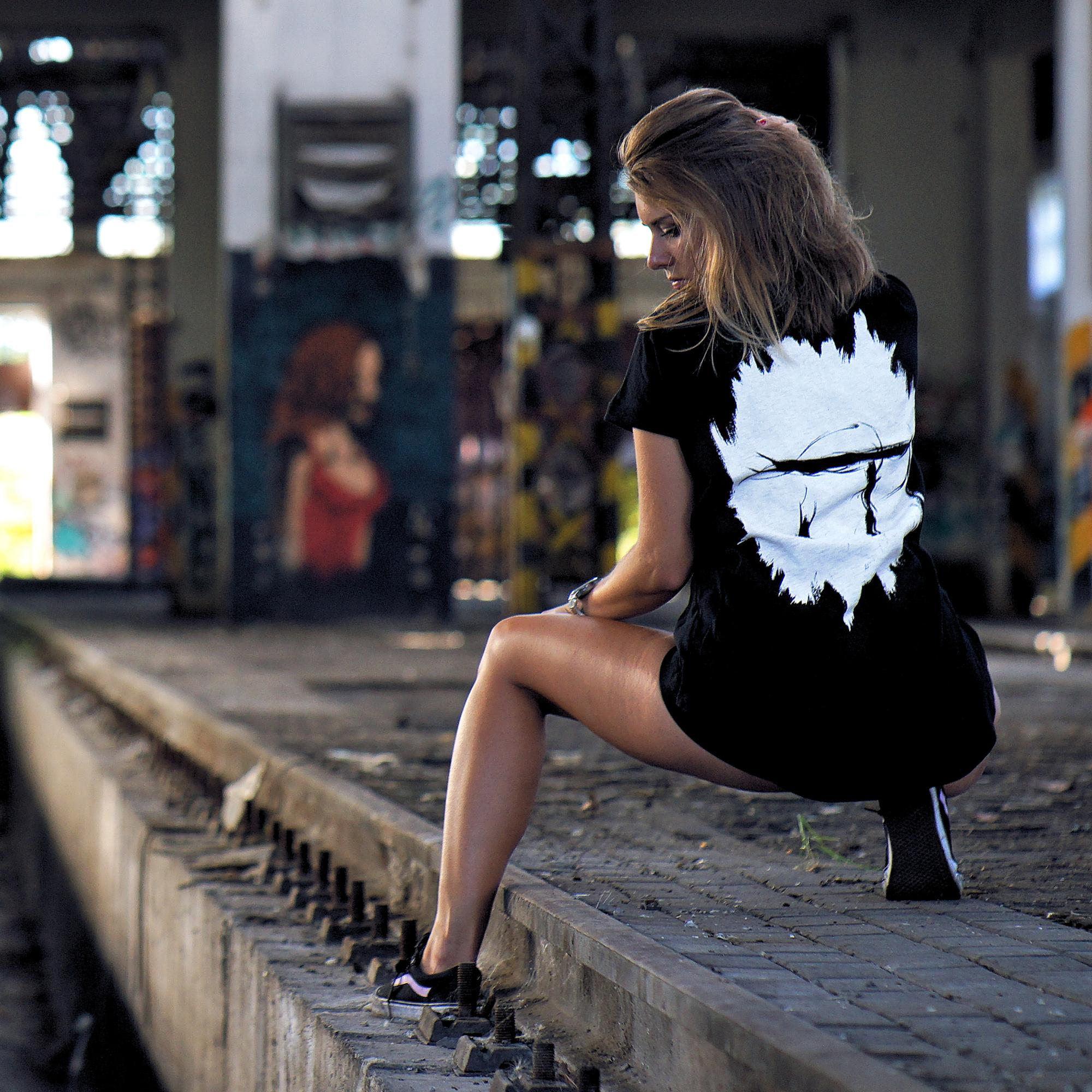 Idem na Techno - Tričko Idem na Techno Logo - Žena, Čierna, S