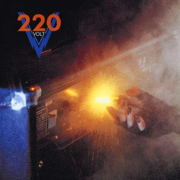 CD TWO HUNDRED TWENTY VOLT - 220 VOLT